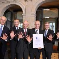 Professor Didier Pittet receives the 2017 Robert Koch Award