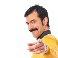 Les HUG incitent les hommes à prendre soin de leur santé… et de leur moustache