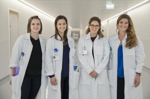 Ces quatre étudiantes en médecine ont réalisé le meilleur travail de mémoire de Master