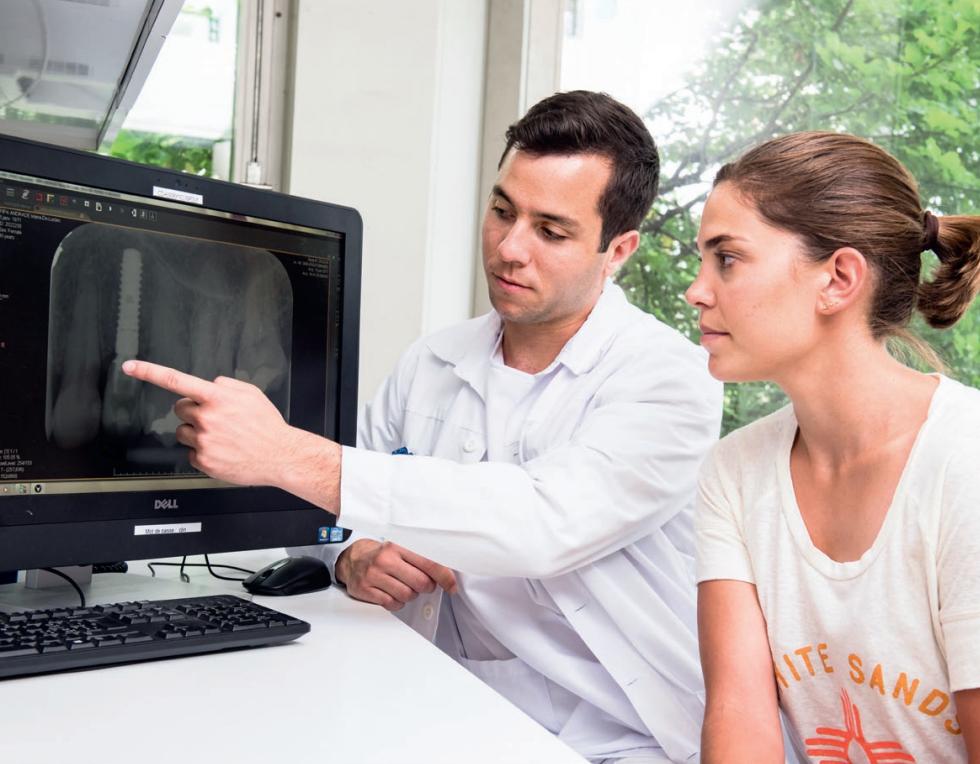 La pose d'un implant dentaire - Information santé patient
