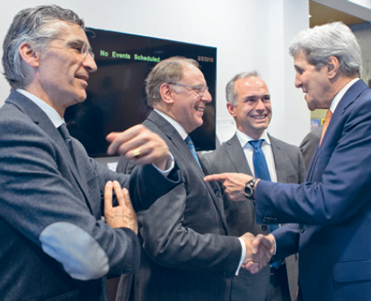le vice-président américain John Kerry