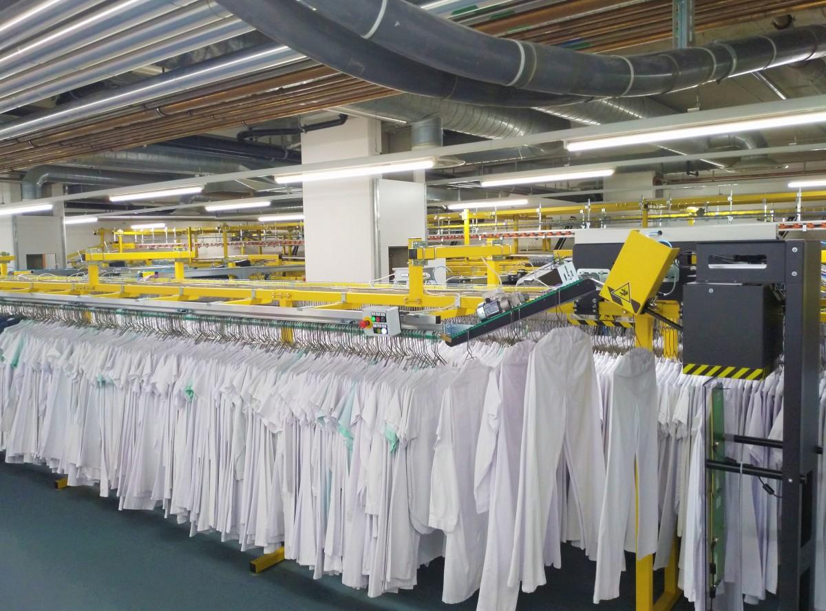 Distributeur automatique de vêtements professionnels