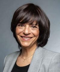 Mme Béatriz Villar
