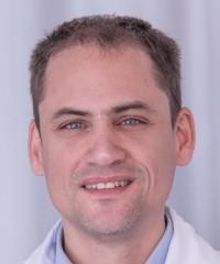 Dr Emmanuel Carrera