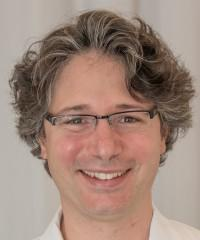 Dr Gilles Allali