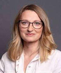 Mme Sylwia Lewicka