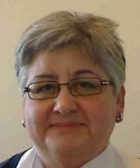 Mme Linda Prunières