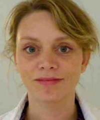 Dr Julie Péron