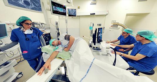 Visite virtuelle - Des ultrasons contre le cancer de la prostate à Genève des HUG